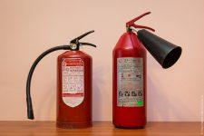 Чем отличается порошковый огнетушитель от углекислотного