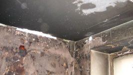 Чем отмыть стены после пожара